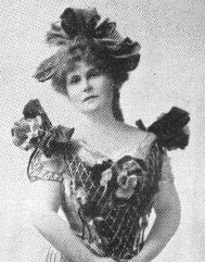 1909 photograph of Marie Corelli.
