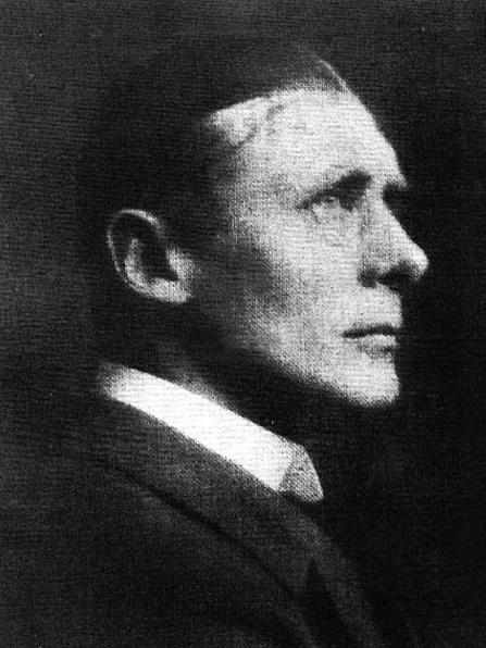 Portrait photograph of Noel Pemberton-Billing, 1916.