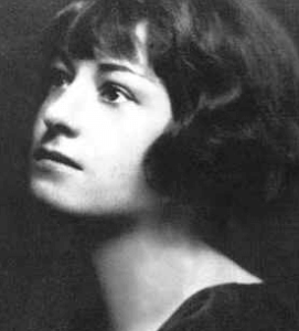 Photograph of young Dorothy Parker.