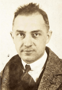 Photograph of William Carlos Williams, 1921.