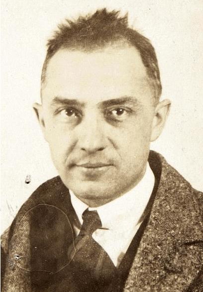 Photograph of William Carlos Williams, 1921.