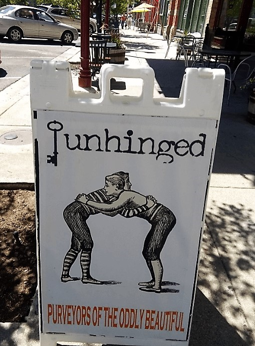 Unhinged sign, Provo