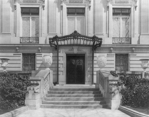 Photograph of the Townsend house, now the Cosmos Club, Washington, D.C., 1915.