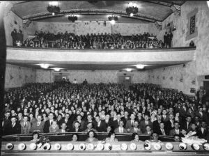 Theater audience, Plaza Theatre, Geelong, Victoria, Australia, 1920.