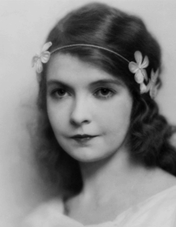 Head shot of Lillian Gish, ca. 1919.