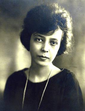 Sara Haardt Mencken, wife of H.L. Mencken, 1919.